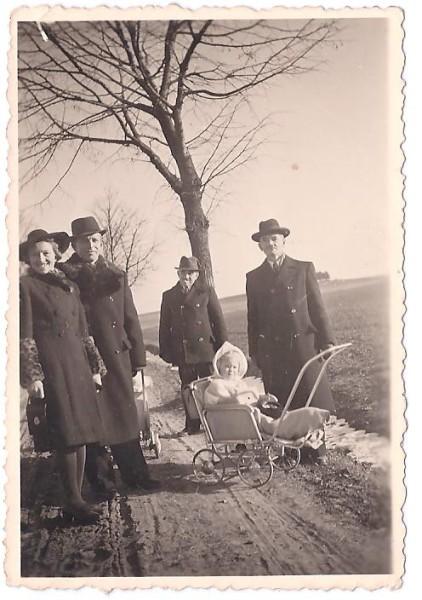 Cesta do Kosova, Vánoce 1942